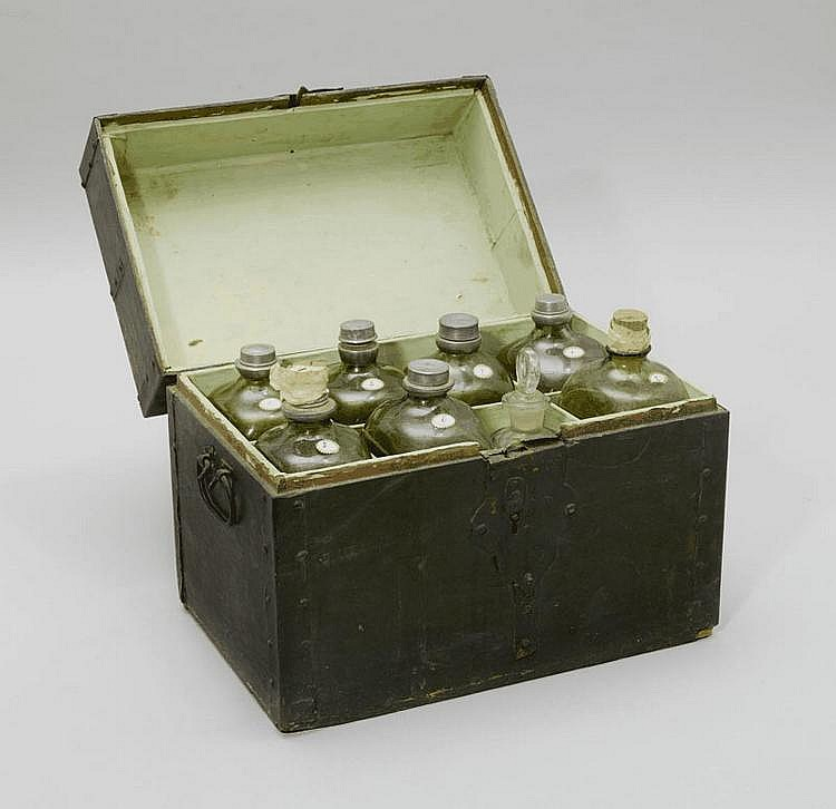 PHARMACIST/CHEMIST CASKET, early 20th century.