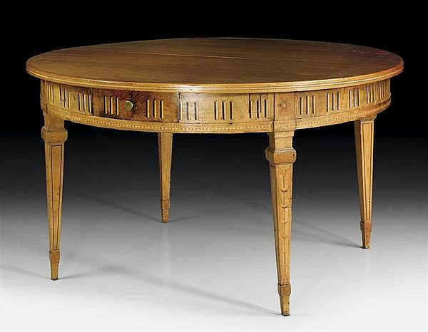 ROUND EXTENDING TABLE,Louis XVI, attributed to C. HOPFENGÄRTNER (Christoph Hopfengärtner, 1758 Bern 1843), Bern circa 1800.