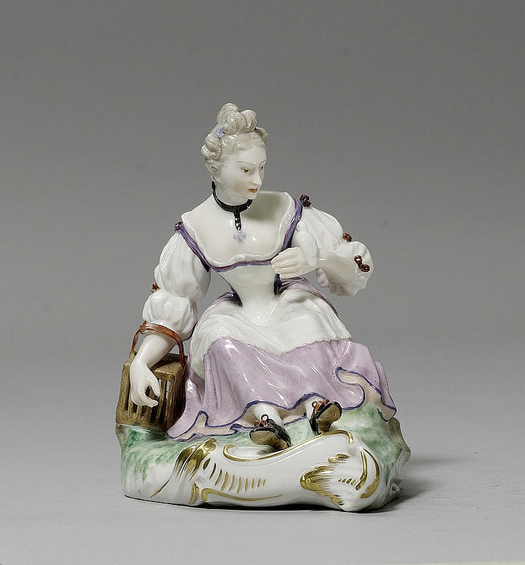 SHEPHERDESS WITH BIRD CAGE,Nymphenburg, model