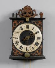 ONE-HANDED CLOCK WITH WOODEN COGWHEELS AND FRONT PENDULUM,