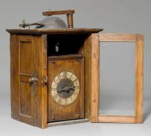 ONE-HANDED CLOCK WITH WOODEN COGWHEELS,