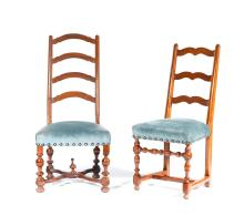 EIGHT SIMILAR CHAIRS, in theBaroque style, 19th century. Walnut. Blue cover.