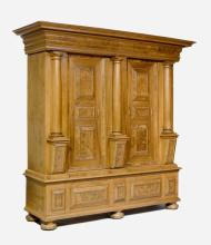 CABINET WITH PILLARS,
