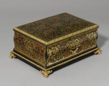 BOX WITH BOULLE MARQUETRY,