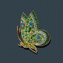 PERIDOT, AQUAMARINE AND TSAVORITE BROOCH,