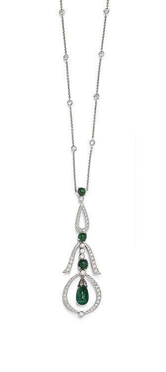 EMERALD AND DIAMOND NECKLACE.White gold