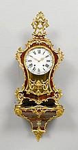 PENDULE AUF SOCKEL, Louis XVI, Neuenburg um 1780.