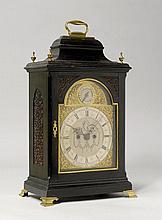 BRACKET CLOCK, England, 18. Jh. Das Zifferblatt