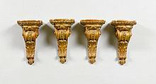 4 KLEINE KONSOLEN, Napoléon III-Stil.Gips gefasst.
