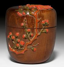 A NATSUME WITH PRUNUS BLOSSOM DESIGN IN RED, GREEN AND BLACK LACQUER.