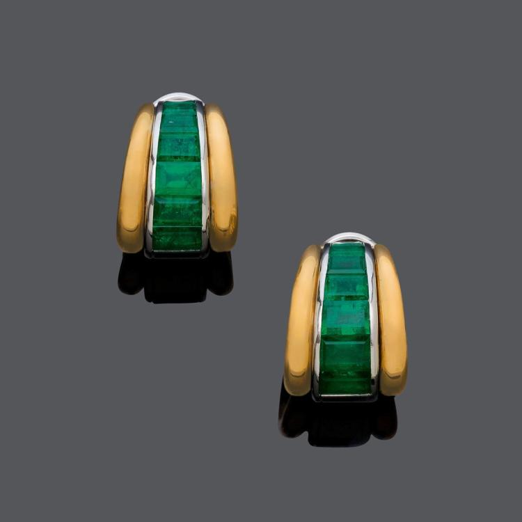 EMERALD AND GOLD EARCLIPS.