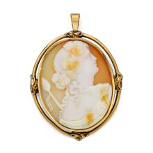 SHELL CAMEO AND GOLD BROOCH/PENDANT, ca. 1850.