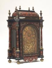 MANTEL CLOCK WITH BOULLE MARQUETRY,