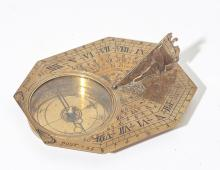 HORIZONTAL TRAVEL SUN DIAL WITH CASE,