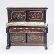 MINIATURE PIANO WITH MUSIC BOX,