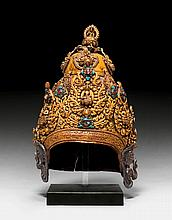 A MAGNIFISCENT GILT COPPER CROWN OF A TANTRIC