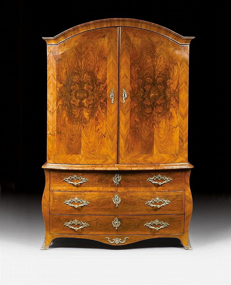 CABINET ON CHEST,Louis XV, by M. FUNK (Mathaus Funk, Murten 1697-1783 Bern), Bern circa 1740/50. Walnut and burlwood in veneer and mold