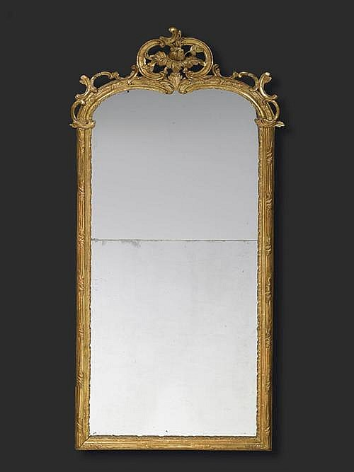 *PIERCED AND CARVED GILTWOOD MIRROR, Louis XV, J.F. FUNK (Johann Friedrich Funk, 1706 Bern 1775) attributed, Bern, 18th century