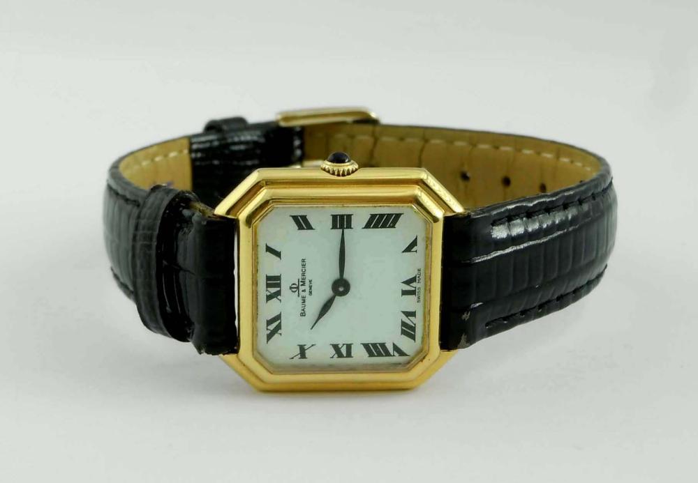 18K GOLD BAUME MERCIER WHITE ROMAN OCTAGONAL WRISTWATCH