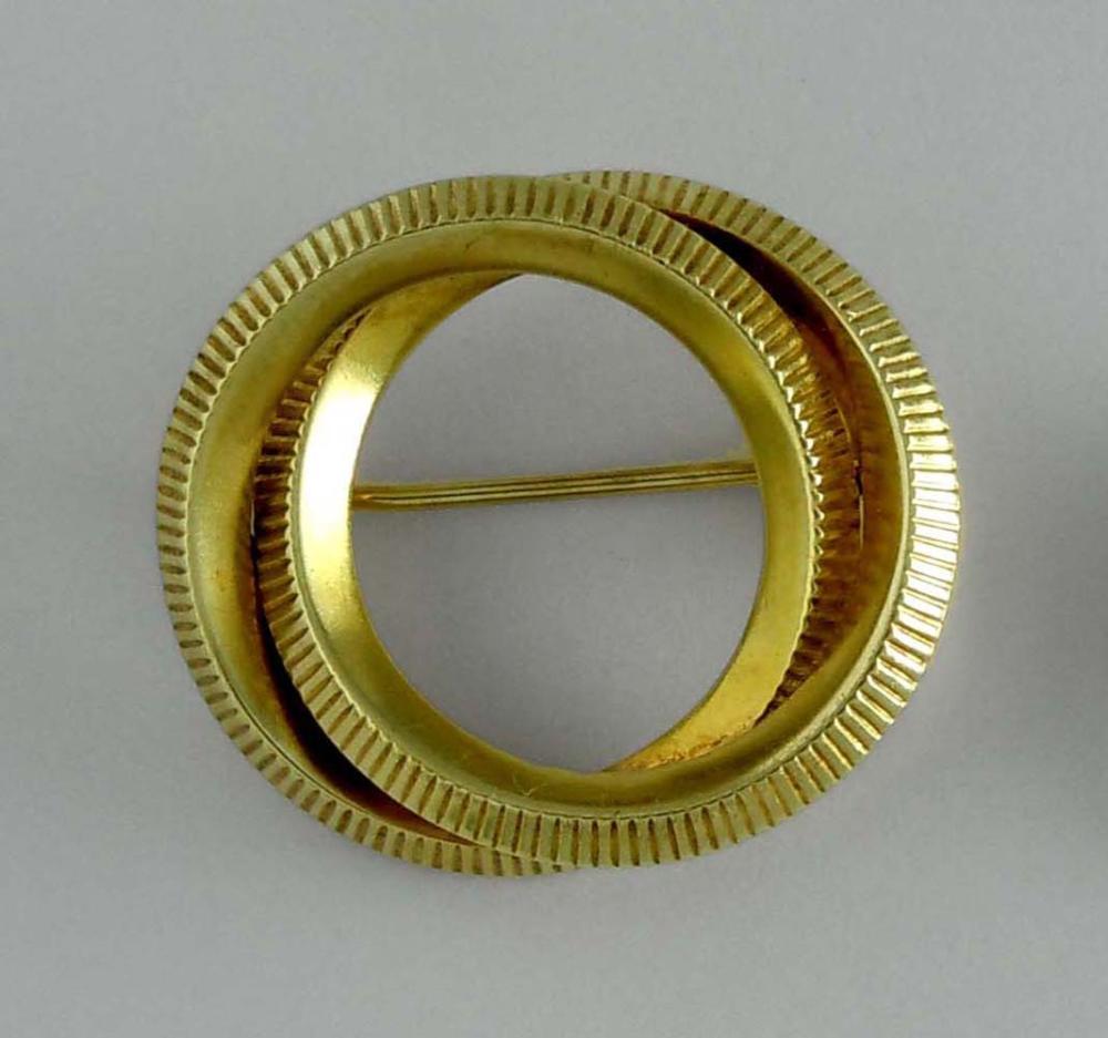 TIFFANY 14K GOLD INTERLOCKING RINGS CIRCLE BROOCH PIN