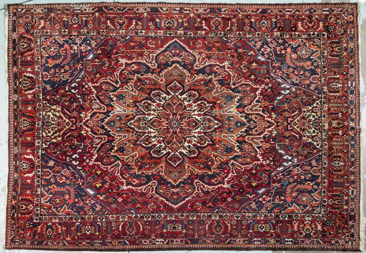 Important tapis en laine nou main baktiar d cor d 39 une ro - Tapis rouge limoges ...