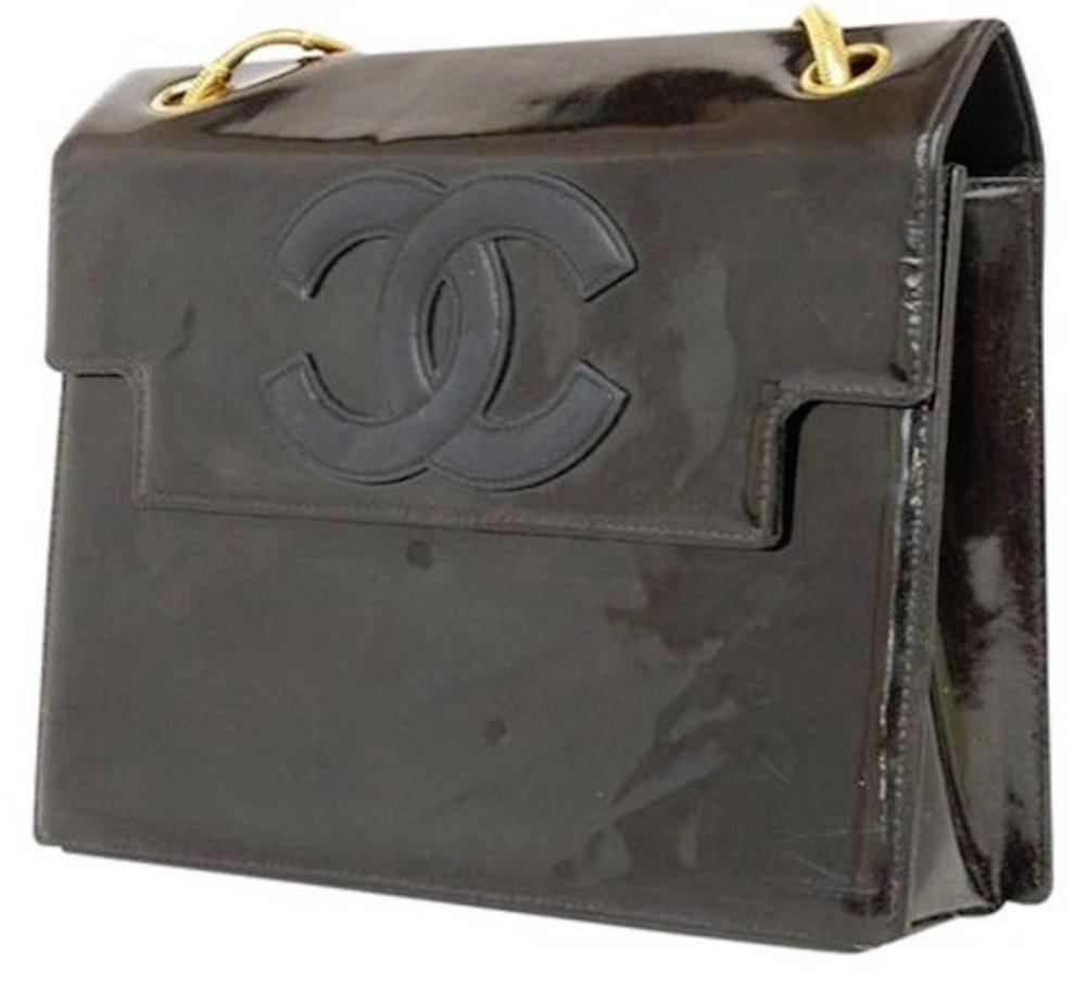 CHANEL CC Logo Shoulder Bag Black Patent Leather Double Chain e4447aefb81cc