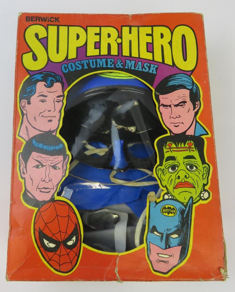hero-glyphics-make-our-past-super-exciting