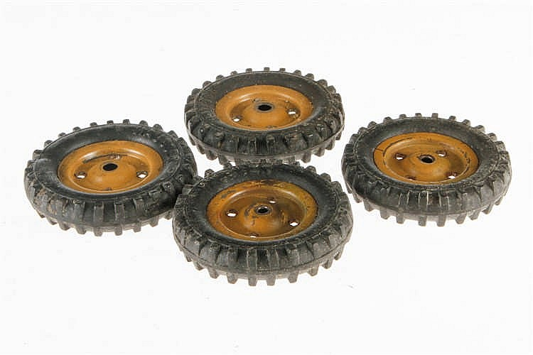 4 Hausser Räder für Militär-LKW