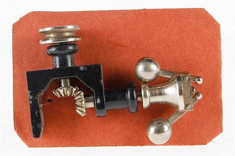 Fliehkraftregler mit Eisensockel für Märklin Dampfmaschine