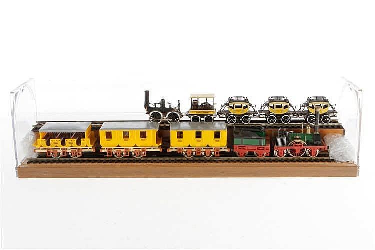2 historische Züge