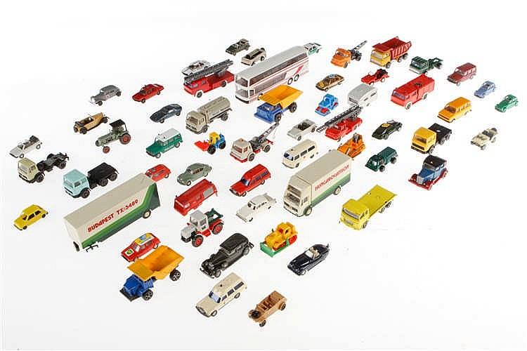 Konv. mit versch. Modellautos