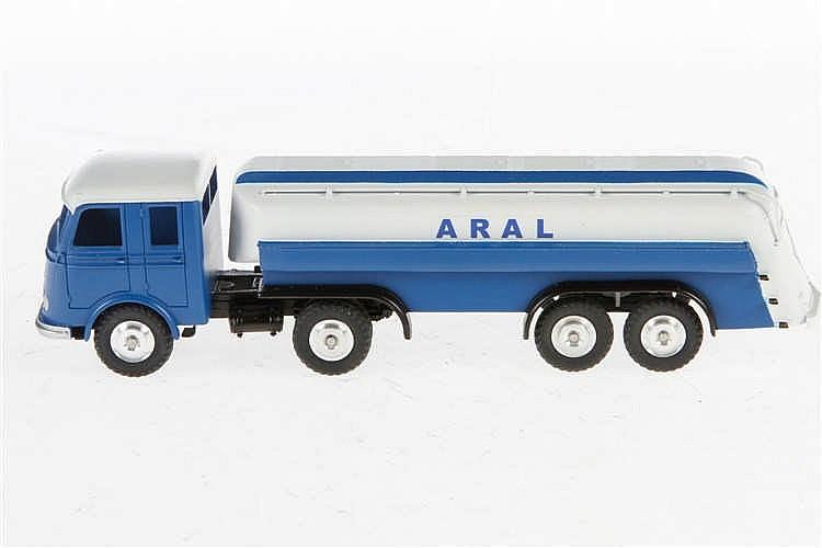 Märklin Aral Tankwagen 18032
