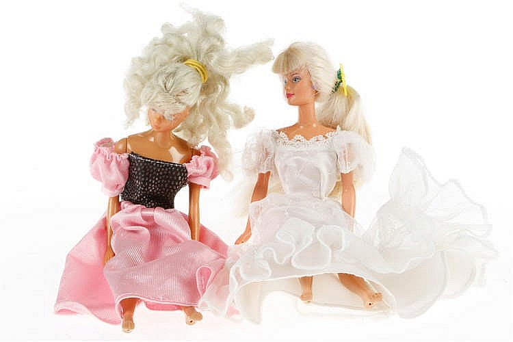 2 Barbie Puppen