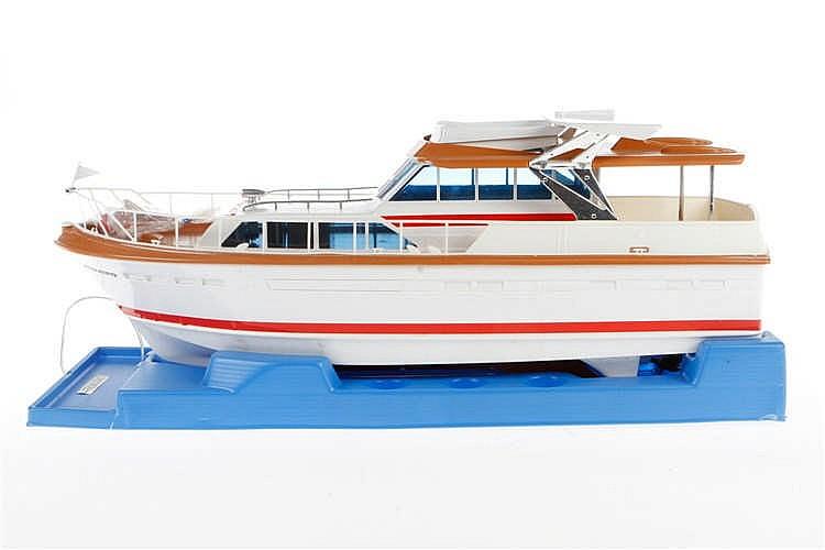 Carrera Structo Yacht Amaro