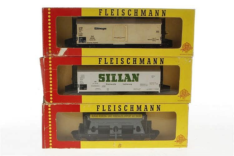 3 Fleischmann Güterwagen