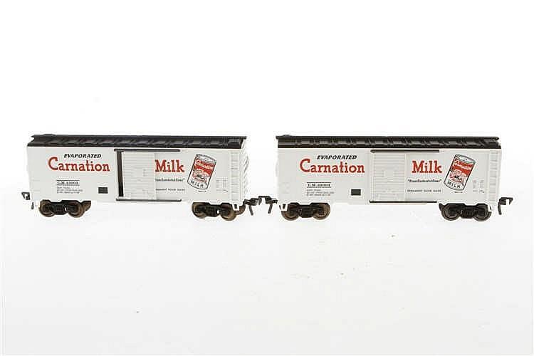2 Fleischmann amerikanische Güterwagen 5810