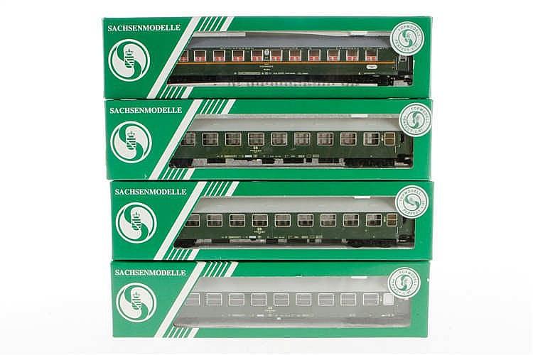4 versch. Sachsen-Modelle Personenwagen