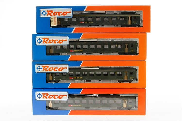 4 Roco schweizer Personenwagen