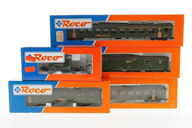 5 Roco schweizer Wagen