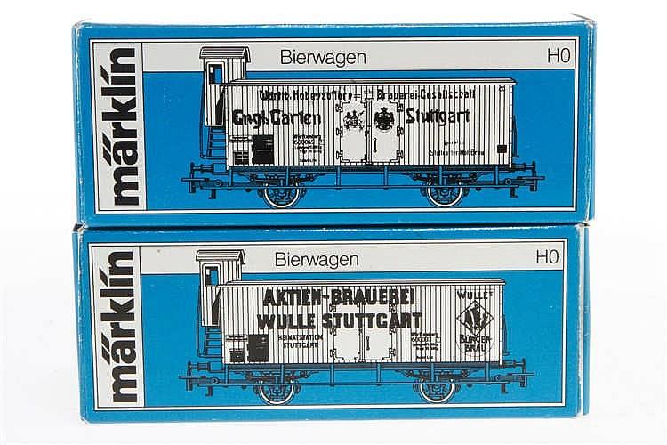 2 Märklin Bierwagen 4677/4678
