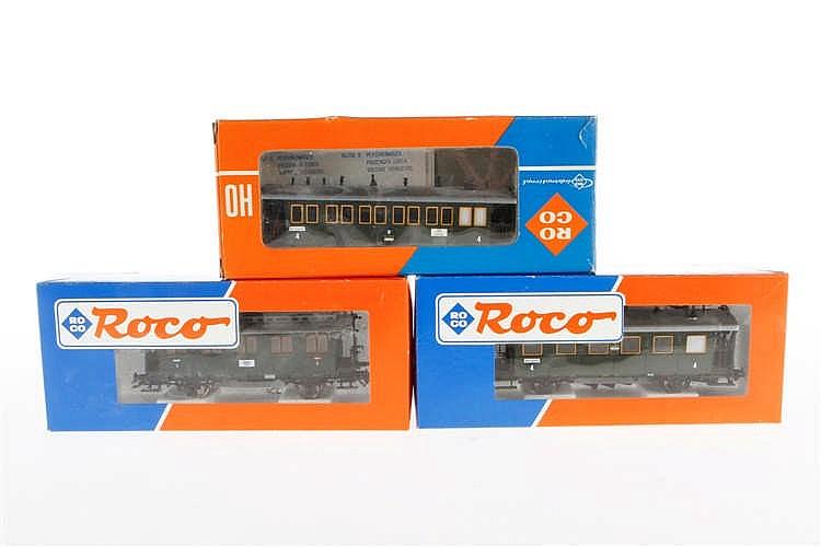 3 versch. Roco Personenwagen