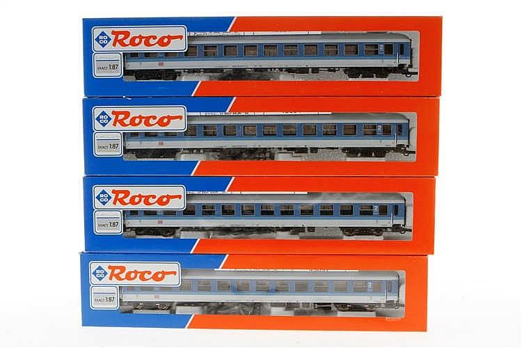 4 Roco Personenwagen 45051