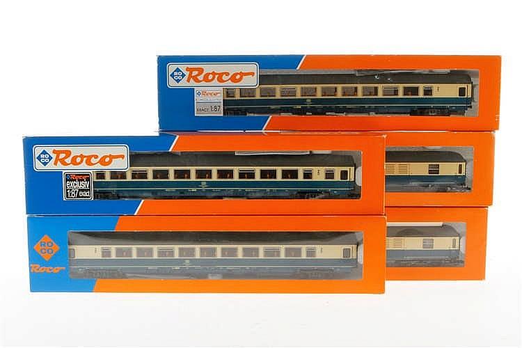 5 versch. Roco Wagen