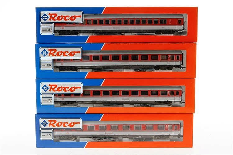 4 Roco Personenwagen
