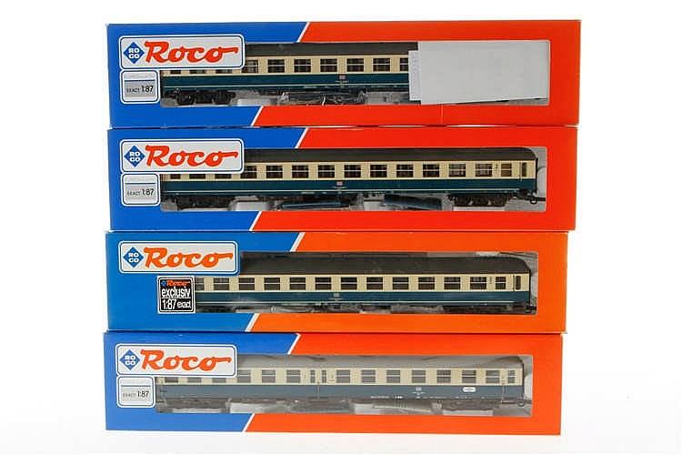4 versch. Roco Personenwagen