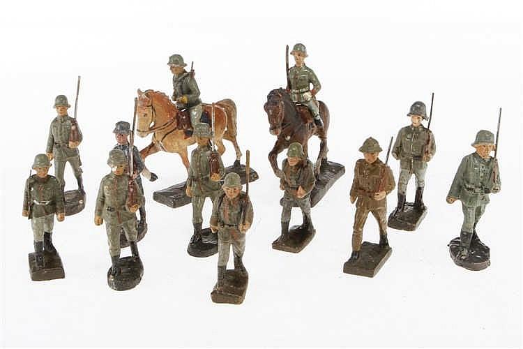 Konv. mit 12 E Soldaten