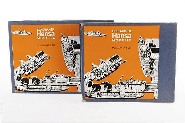 """2 Schowanek Hansa Modelle """"Modellhafen"""""""