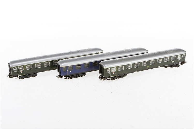 3 Märklin D-Zug-Wagen