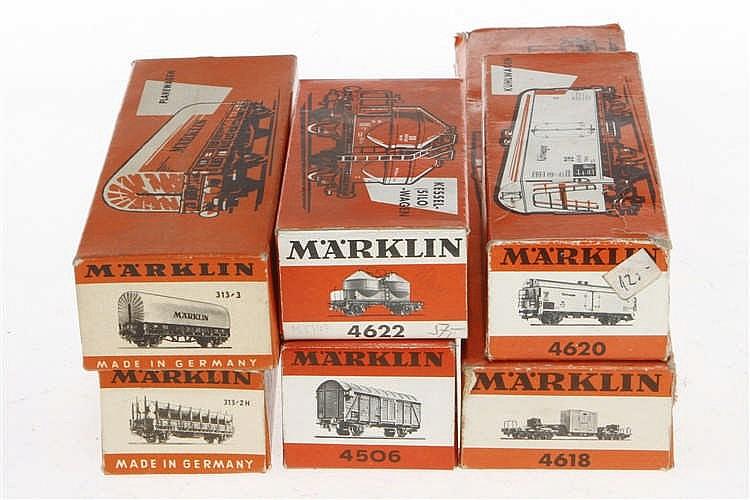6 versch. Märklin Güterwagen 313/2 H