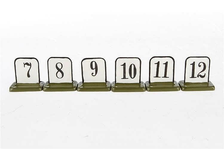 Zahlengarnitur 7 - 12